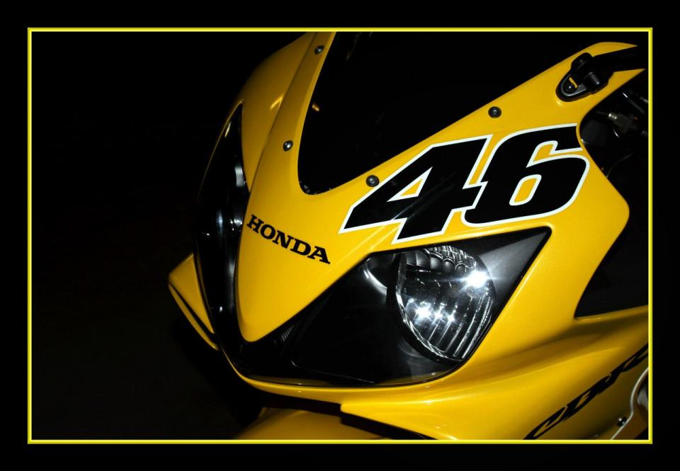мотоцикл Honda - CBR - New project F4i Replica Valentino Rossi 46