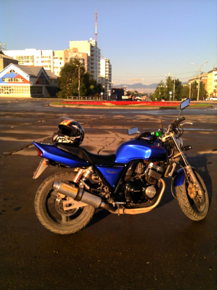 мотоцикл Honda - CB - cb 400 sf Version s