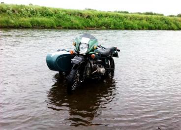 мотоцикл - Урал - 8103