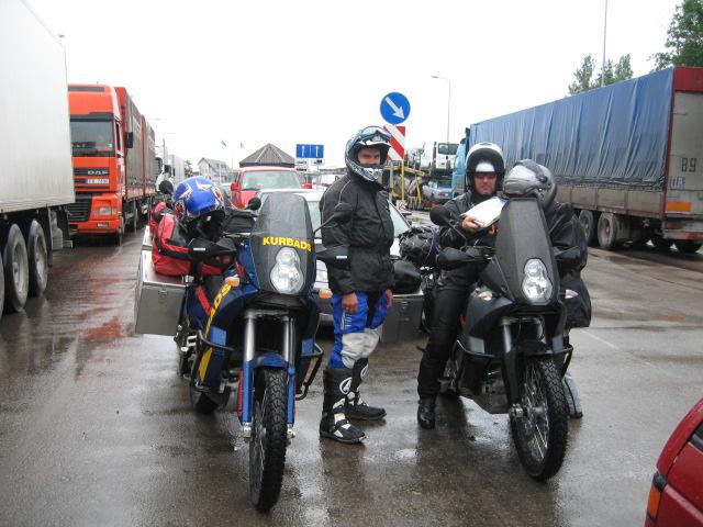28 000 км из Риги в Австралию на мотоциклах