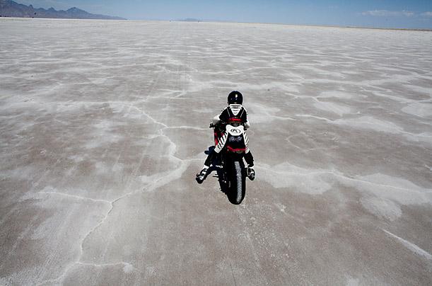 Самая быстрая девушка - мотоциклист