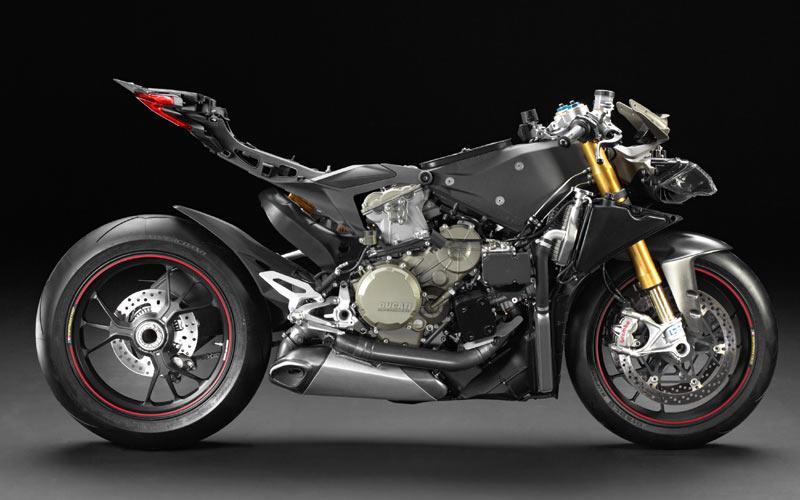 Обнаженные фотографии Ducati 1199 Panigale