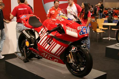 Мотоцикл Стоунера был оценен дороже байка Росси