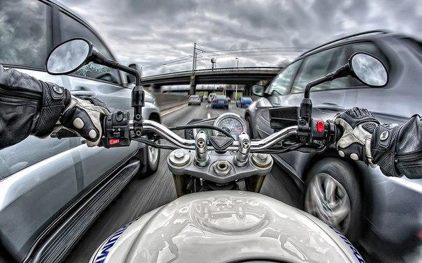Мотоциклы значительно разгружают пробки