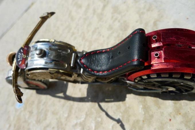 Мотоциклы из часов Дэн Таненбаум