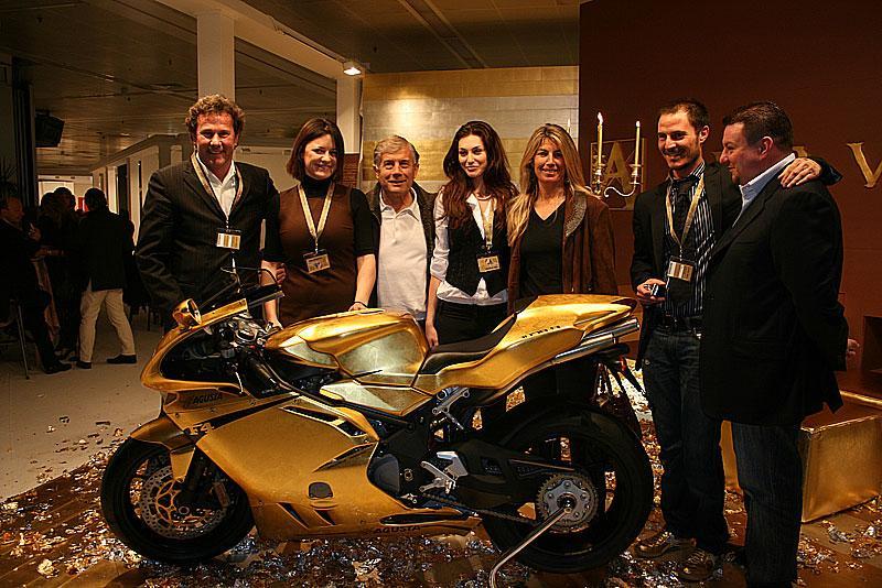 Самый дорогой мотоцикл из золота