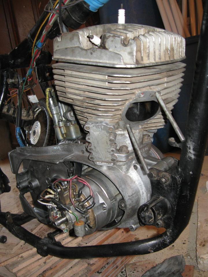 v2 Мотоцикл ИЖ - Планета 5