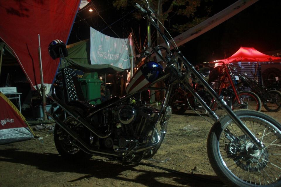 """16ый ежегодный байк фестиваль """"Burapa Bike Week"""""""